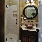 美式风格二室一厅干湿两用卫生间墙面瓷砖花纹壁纸装修效果图