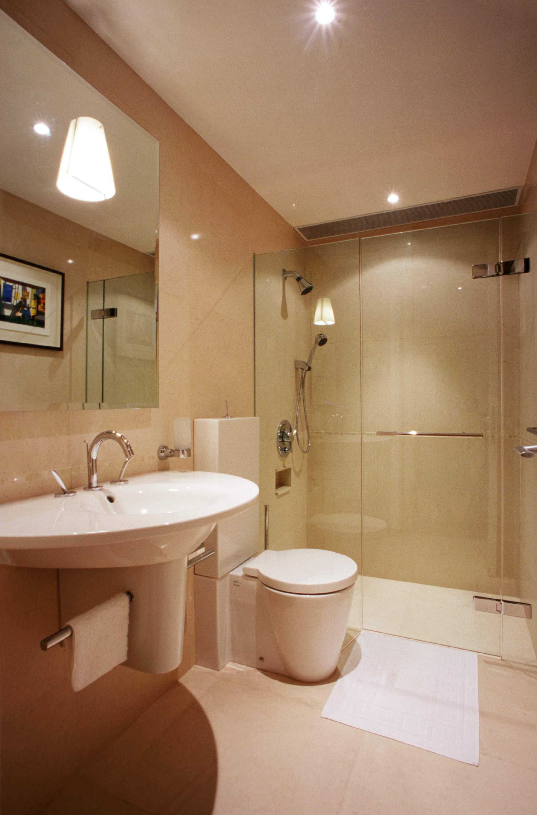 娱乐资讯_2013现代风格样板房简单家装卫生间镜子洗手盆装修效果图 – ...