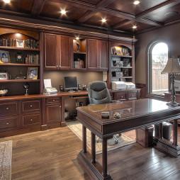 美式风格三室一厅豪华书房吊顶书柜书桌装修效果图