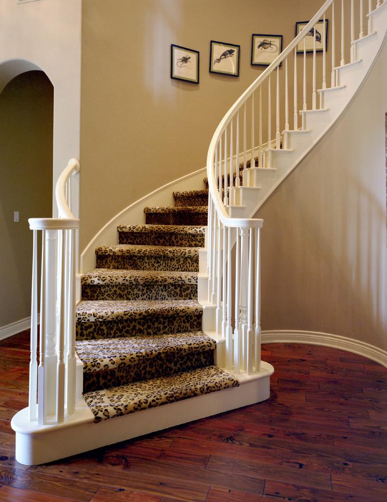 家用旋转木楼梯扶手梯装修效果图 设计本装修效果图