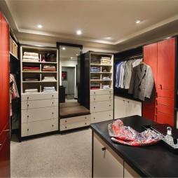 2017现代风格二居室整体步入式时尚衣帽间装修效果图片