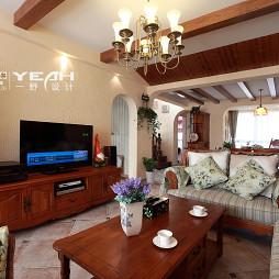 地中海混搭太阳城客厅电视柜背景墙装修效果图