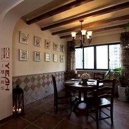 美式乡村太阳城餐厅木质吊顶照片背景墙装修效果图