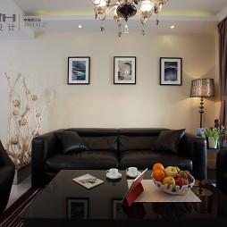 胥江府现代风格四居室客厅真皮沙发挂画背景墙装修效果图