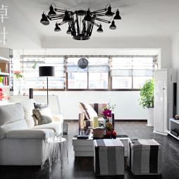 10平米交换客厅沙发不靠墙壁柜设计效果图