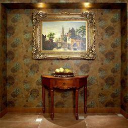 欧式风玄关装修效果图及墙壁挂画设计装修效果图