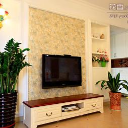 雍景湾客厅墙纸影视墙装修效果图