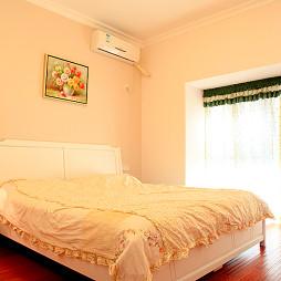 雍景湾田园卧室背景墙装修效果图