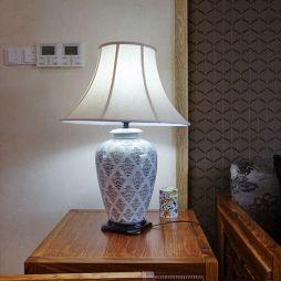 别墅中式客厅灯具摆放一角设计效果图