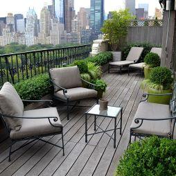 现代风格别墅露天阳台防护栏装修效果图