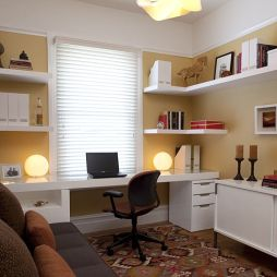 书房转角陈列架装饰设计