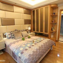 2017家装卧室整体衣柜图片
