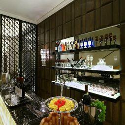 美式酒吧式吧台装修效果图