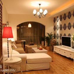 家装三居室客厅壁纸电视墙装修效果图