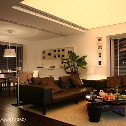 120平米家装餐厅连客厅沙发不靠墙设计图片