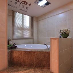 欧式简约风格卫生间浴池装修图