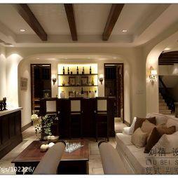 美式风格别墅客厅多梁吊顶设计图
