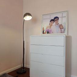 现代风格两室一厅玄关鞋柜装修