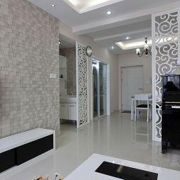 现代风格客厅隔断装修