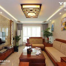 蝴蝶湾现代中式客厅吊顶装修效果图