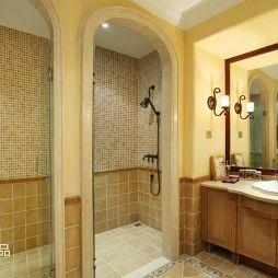 卫生间淋浴房隔断墙效果图