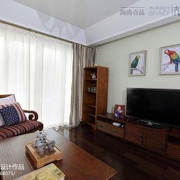 混搭风格客厅窗帘设计