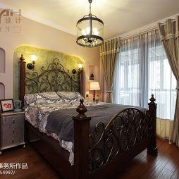 美式乡村风格卧室窗帘装修效果图