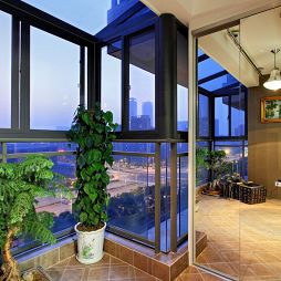 现代阳台绿化设计效果图