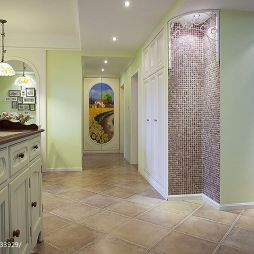 三室两厅美式风格过道吊顶装修图