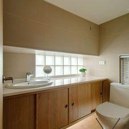 现代小卫生间浴室柜装修设计效果图