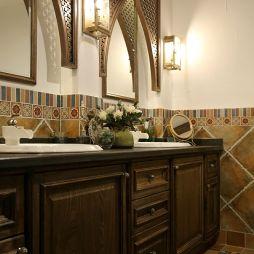 混搭卫生间浴室柜子装修