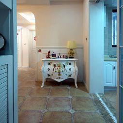 现代美式两室两厅玄关装修效果图