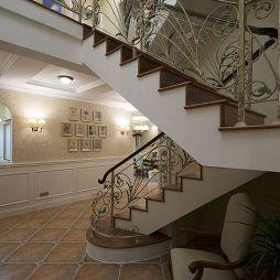 现代美式别墅楼梯设计
