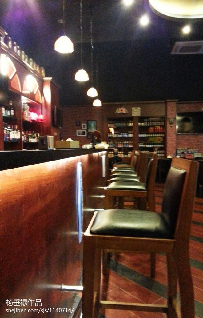 混搭啤酒吧装修图片