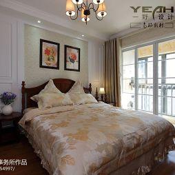 南环新村休闲美式卧室落地门阳台装修效果图