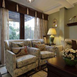 自由水岸休闲美式客厅布艺沙发图片