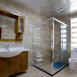 联排别墅卫生间淋浴房效果图
