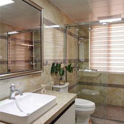 现代风格卫生间装修图片