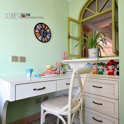 雕琢时光混搭儿童房书桌装修设计效果图