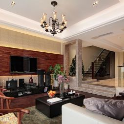 新中式深色调客厅电视背景墙装修图片
