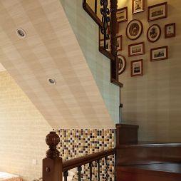 欧式阁楼木楼梯图片