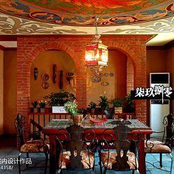 东南亚风格餐厅置物架装修设计效果图