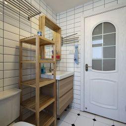 loft风格卫生间置物架装修图片