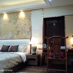 中式卧室十字绣图案背景墙装修效果图