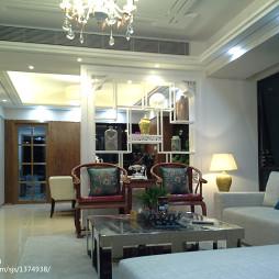 中式客厅博古架效果图