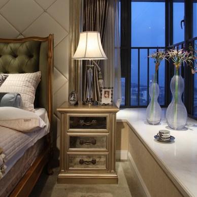 美式风格样板房卧室飘窗装修图片