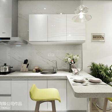 现代风格样板间厨房装修效果图