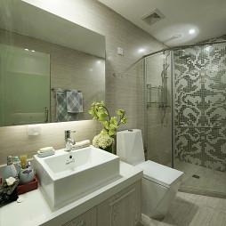 现代风格样板间卫生间装修图片