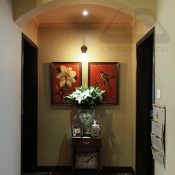 三室两厅美式风格玄关隔断装修图片