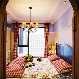 三居室混搭风儿童房吊顶灯衣橱装修效果图